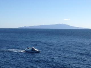 船と山.jpg